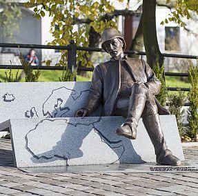 Stefan Szolc-Rogoziński-pomnik
